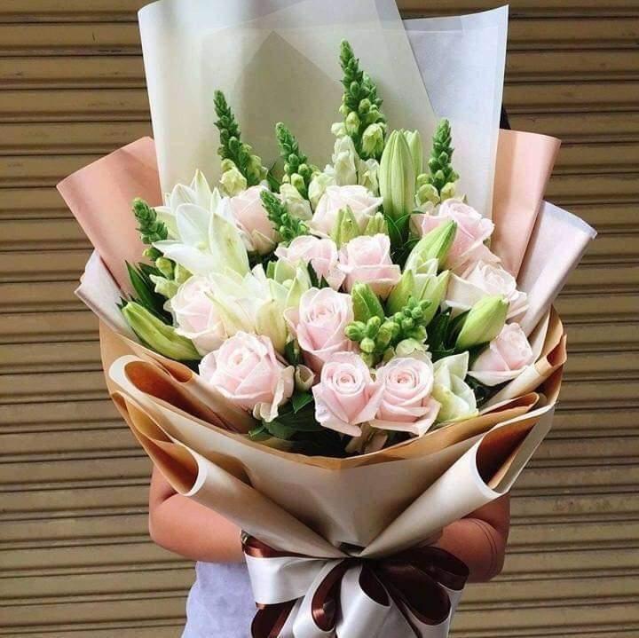 hoa hong tang em gai de thuong