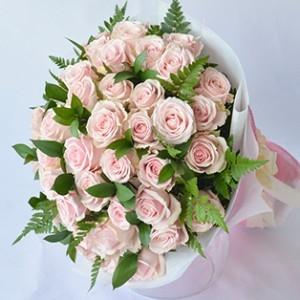 mach ban cach chon hoa tang ngay phu nu viet nam y nghia