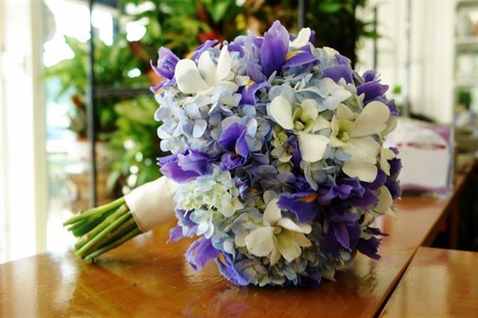 diem danh nhung loai hoa tuoi thuong duoc dung trong ngay cuoi co dau