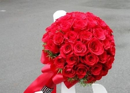 bo hoa cuoi cam tay hoa hong   diem nhan cho co dau xinh dep
