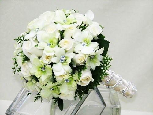 bi quyet chon bo hoa cuoi dep cho co dau